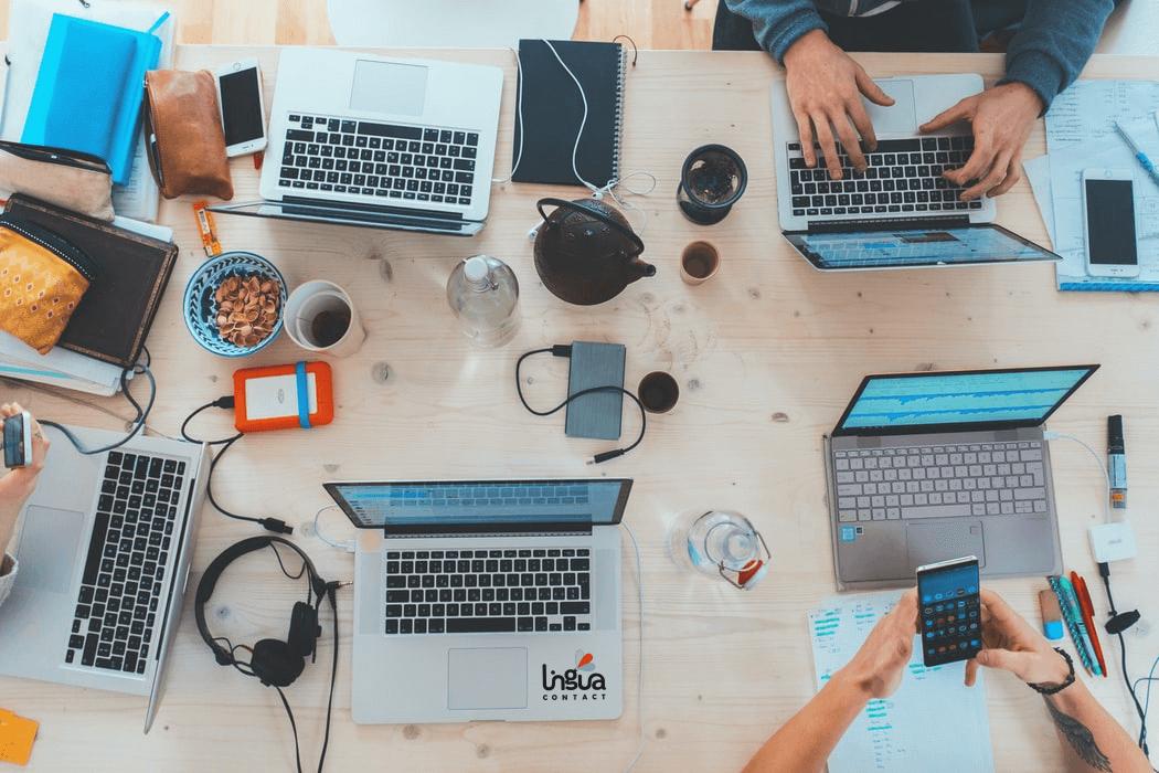 Рабочий стол в компании
