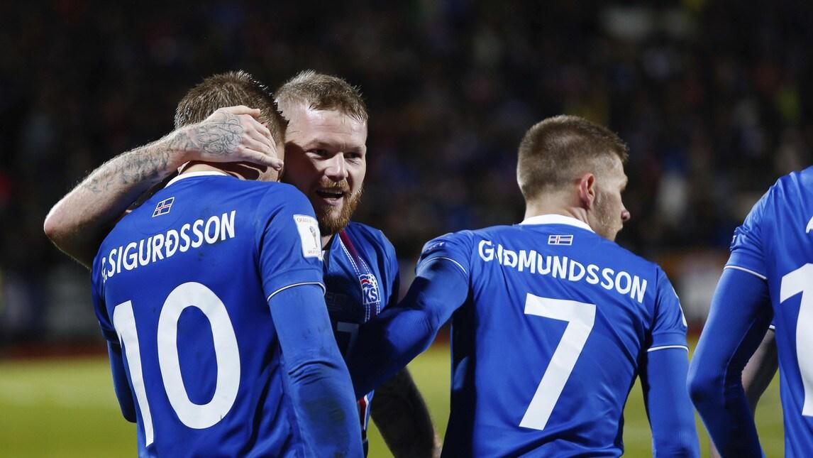 Фамилии исландской сборной на футболках